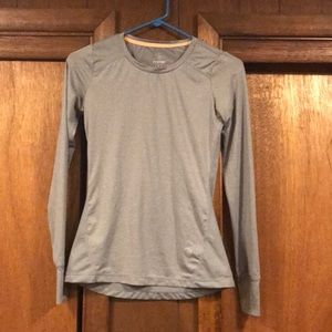 Grey work out long sleeve tee